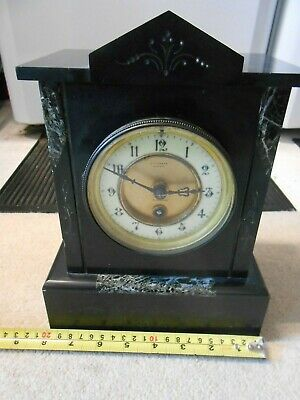 French Mantle Clock. Working well with pendulm and key. Nice Petite Size.