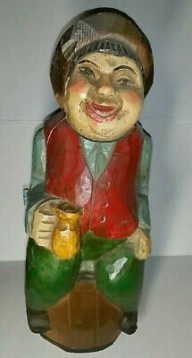 VINTAGE HAND CARVED WOOD MAN SITTING ON BARREL WINE BOTTLE Concealer HOLDER ART