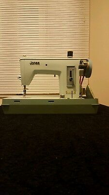 Vintage Jones Electric Sewing Machine + Accessories. Very Good Condition.