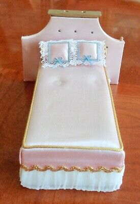 Vintage Dollhouse Furniture Ideal Petite Princess Bed