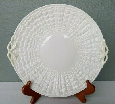 BELLEEK - TRIDACNA - OPEN HANDLE CAKE PLATE - IRELAND - 3rd GREEN MARK