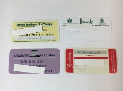 4 Vintage Expired Credit Cards For Collectors -  Retail Theme Lot (7117)