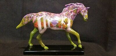New in Box LOW 1st Edition Trail of Painted Ponies NOEL PONY FIGURINE Retired