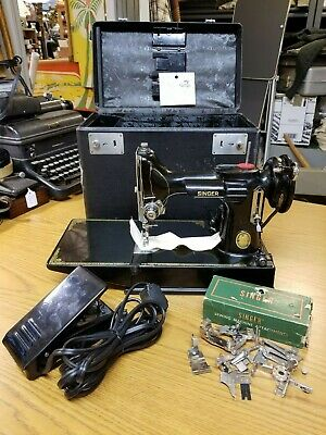1952 SINGER 221 FEATHERWEIGHT Sewing Machine SERVICED w/ CASE and Extras 120v 2