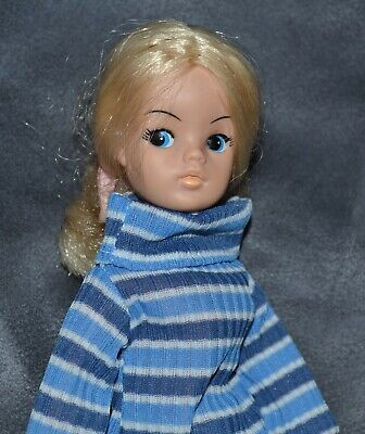 """Pedigree Sindy Doll Active  Blonde '81 Work & Play Outfit Shoes 11"""" Vintage 70'S"""