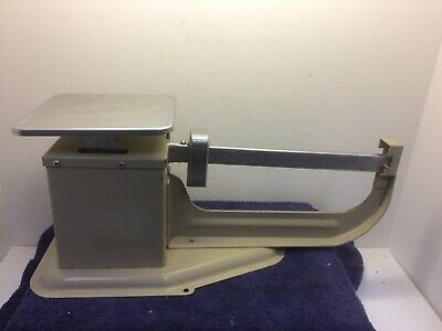 Vintage Postal Scale 4 Pounds 1983 Post beam scale