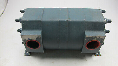 New Delta P47 Equal Flow 2 Section Rotary Gear Flow Divider 100 GPM 1500 Psi