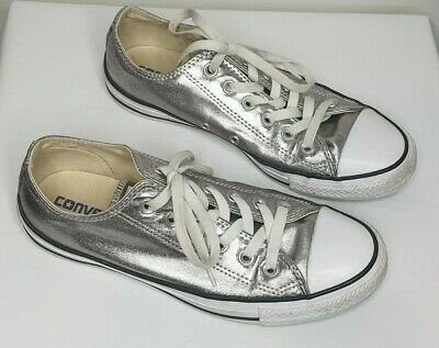 Converse Silver Leather Flat Sneakers / Size 8