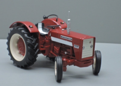 CONVERSION 1:32 FORD 8200 4WD TRACTOR
