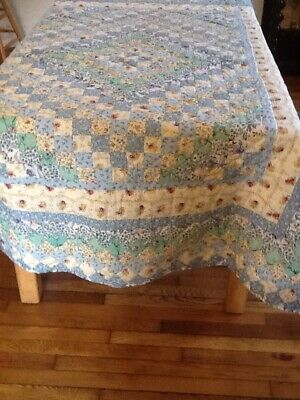 """Hand Stitched Vintage Floral Pastel Colors Quilt Bed Cover, 82 X 65"""""""