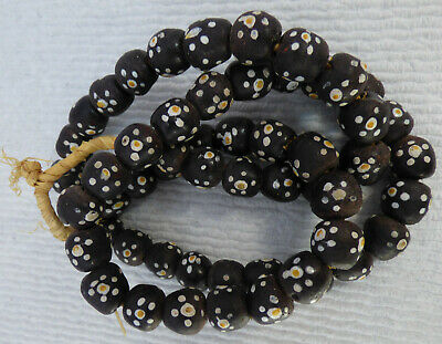 """Antique Glass African Skunk TRADE BEADS BLack White Yellow 55 Pc 28""""L"""