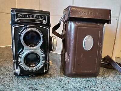 Rolleiflex 3.5 T Camera with Rolleiflex  Case - Very Good Condition