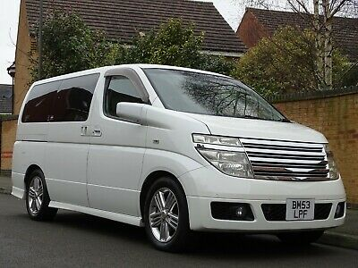 2017 Nissan Elgrand Rider 3.5 V6 Automatic 8 Seater White Full Leather Stunning