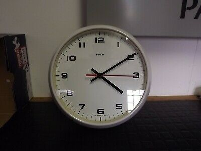 "Vintage School Clock White Bakelite, 10"" Face Dia (Changed To Quartz)"