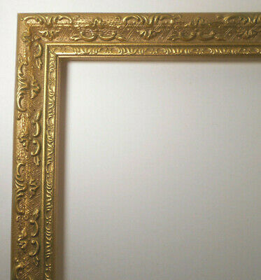 Ornate carved Gold gilt Wood picture~painting FRAME 8 x 10 vtg