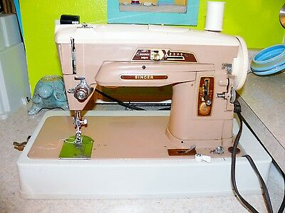 Vintage Singer 403A Metal Zig Zag Sewing Machine & Case See My Video