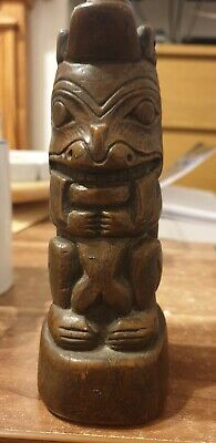 Native American Haida Signed Tribe Bear With Salmon Tiki Queen Charlotte Islands