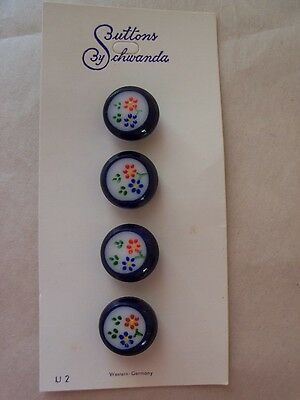 10 WHITE MOONGLOW GLASS VINTAGE SCHWANDA Buttons NOS SEWING CRAFTS KNIT 10mm