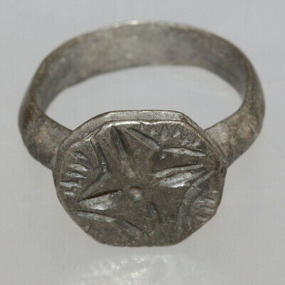 Byzantine Silver Seal Ring depicting cross circa 700-1000 AD