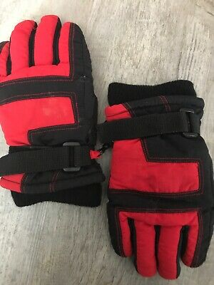 3M Kids Winter Thinsulate Boys & Girls Gloves Black And Red Size (4-7)
