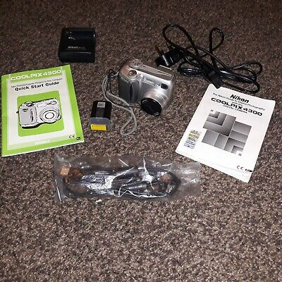 NIKON COOLPIX 4300 Digital Camera (Silver)