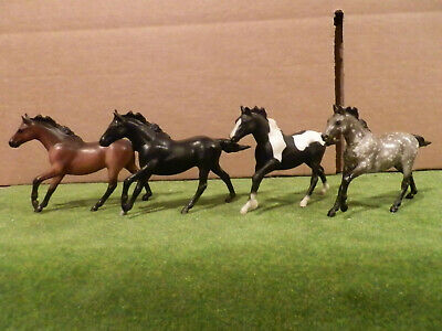 """lot of Breyer G1 Stablemates Thoroughbred stallions """"Seabiscuit"""""""