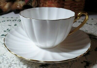 Vintage SHELLEY FINE BONE CHINA Ribbed Tea Cup & Saucer Set