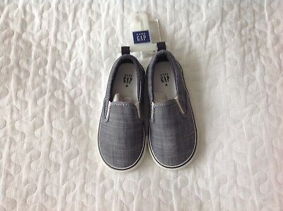Baby Gap trainers size 8