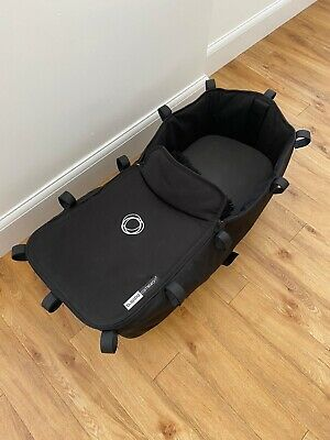 Bugaboo Chameleon 3 Carry Cot Fabric Black Inclusive Of Wooden Board & Apron