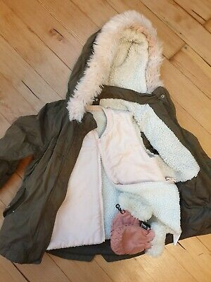 Girls 2-3 years Coat, Gillet and Mittens