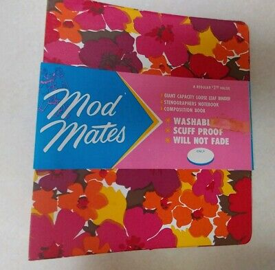 USA Made Vintage 1960s 1970s Groovy Mod Mates vinyl Binder with 2 Notebooks!!