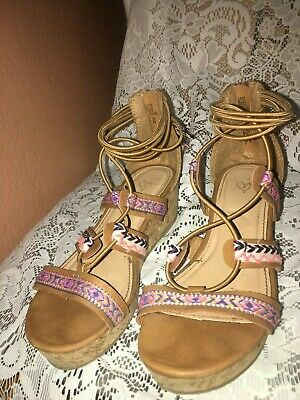Youth Girls Size 2 Justice Sandals Style 120273  - Free Ship