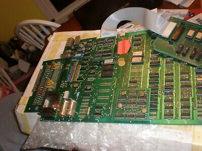 1 MS PAC MAN   ARCADE GAME pcb board tested not working parts or repair