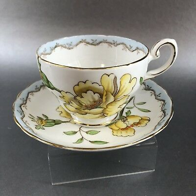 Vintage Tuscan Bold Yellow Flowers Bone China Teacup Saucer England Mint Tea Cup