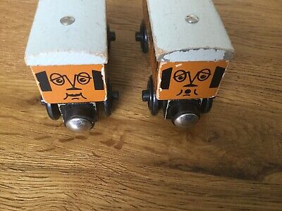 Thomas Wooden Trains. Annie & Clarabel.Early Models.