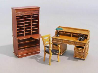 1/35 Resin Office Furniture Set Unassembled Unpainted 35981