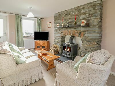 Holiday Cottage in mid Wales available - sleeps 4 (dog friendly)  31.07-07.08.20