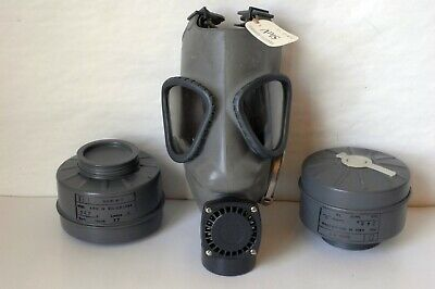 Vintage Finnish M61 Gas Mask Nokia Model 3 with 60mm SUOD 61 T Filter Excellent