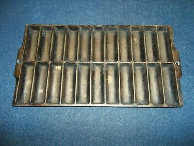 Vintage / Antique Cast Iron Corn Bread Muffin Stick Pan 22 Slots, Unmarked