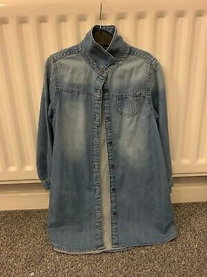 Lovely soft girls denim shirt (Ex Next) age 6.