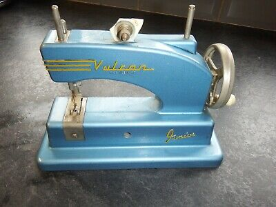 Original Vintage Vulcan Junior Sewing machine1950s/60s childs toy