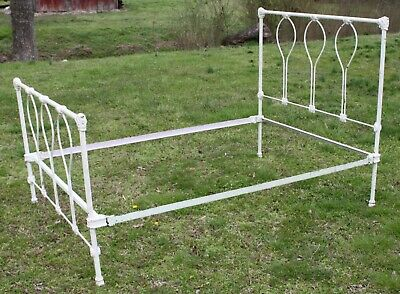 Antique Cast Iron Full Size Bed - Pickup in Georgia Only