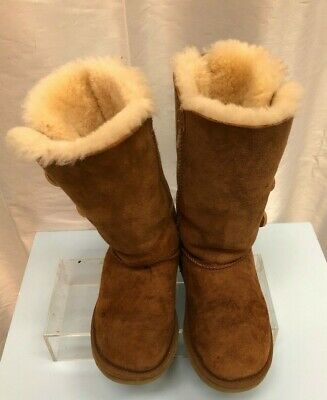 Designer UGG AUSTRALIA Girls Chestnut Brown Sheepskin Boots - UK Size 13