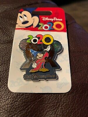 Disney Parks Walt Disney World 2020 Mickey Mouse EPCOT Pin NEW on Card