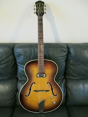 Hofner Guitar:Senator:Vintage 1958:Electro-acoustic:Archtop:Well looked after.