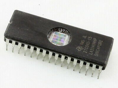 2 x AM27C2048-120DC AMD UV CANCELLABILE EPROM DIP40 2MEG