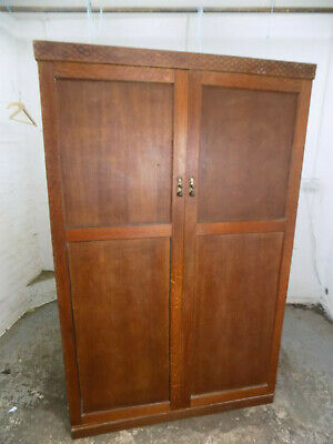 panelled,wardrobe,drawers,shelves,bedroom,hanging rail,vintage,1930's,oak,double