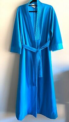 Vintage Vanity Fair Blue Velour Robe Dressing Gown house coat vintage excellent