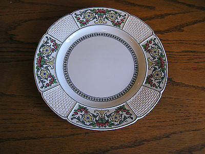 Wedgwood Hythe A7598 Pink Blue Yellow Flowers Basketweave Dinner Plate Dish RARE