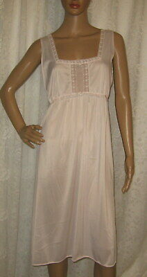 Large Vintage Lorraine Pink Silky Nylon Embroidered Lace Trim Nightgown Gown